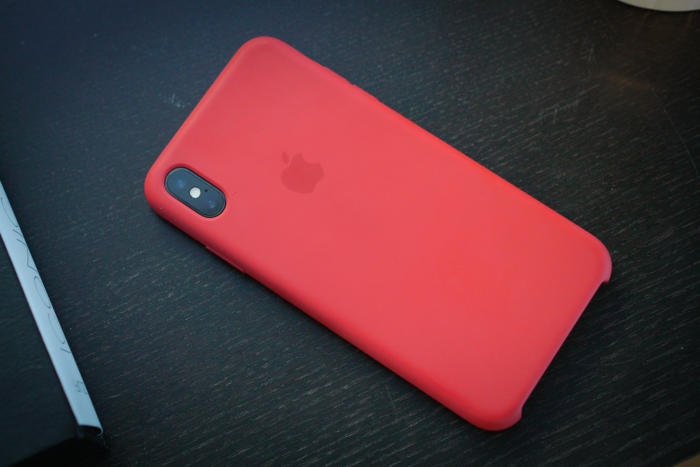 Apple silikónový obal pre iPhone XS Max - červený 3